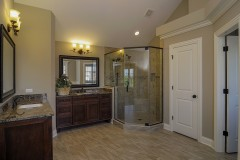 regency-master_bathroom-12978-1
