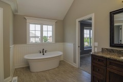 regency-master_bathroom_2-12977